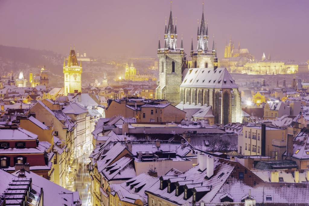 prague-winter-skyline-old-town.jpg